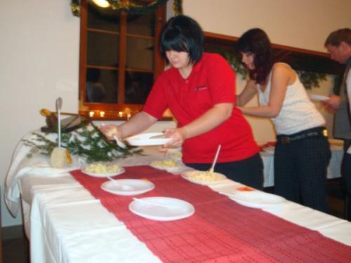 Soutěž onejlepší bramborový salát vhospůdce Vejrovna 25.12.2008