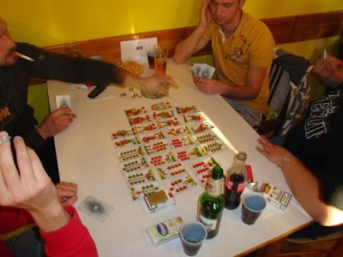 """Turnaj vkaretní hře """"JZD"""" vhospůdce Vejrovna 28.12.2008"""