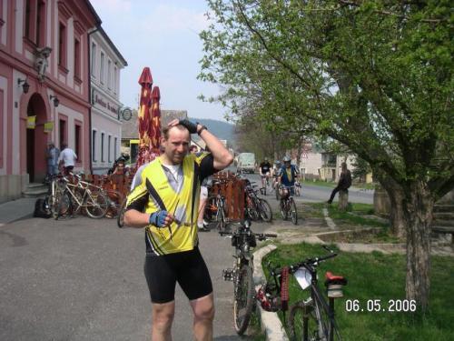 Cyklistický víceboj, zastavení vNečtinech