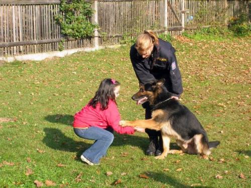 Beseda - Celní služba Aš - výcvik psů 18.10.2007