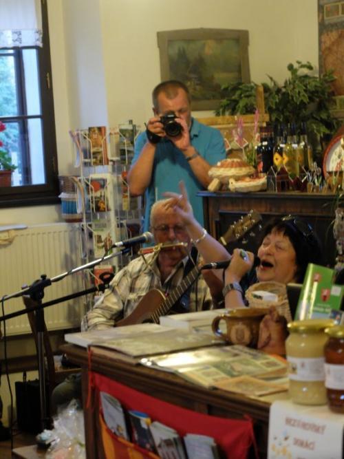Knezaplacení a Jitka Vrbová  2.8.2014