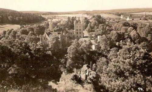 Hrad Nečtiny